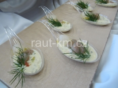 Krevety pečené na bylinkách s kopr.omáčkou -17